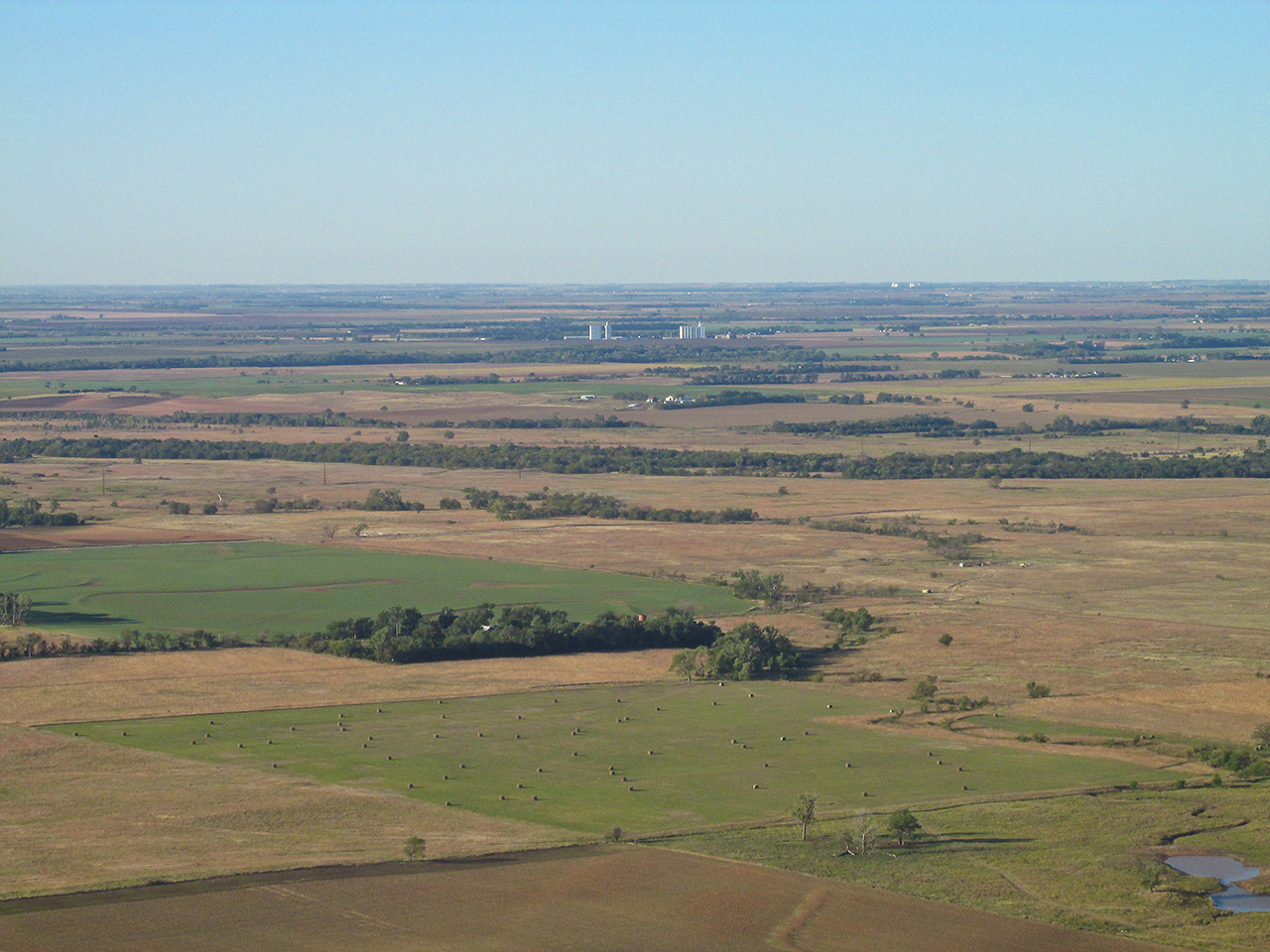 Kansas harper county attica - Still About 20 Miles From Attica I Took This Telephoto Shot To Show Harper Kansas In The Foreground In Relation To Attica In The Distance